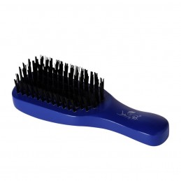 Johnny B. brosse de barbier